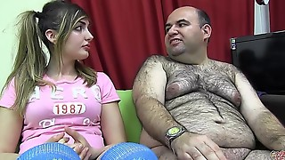 PUTA LOCURA Busty sweet teen takes her first bukkake