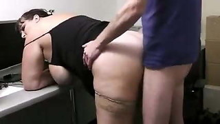 BBW Nicoletta fucking for a job