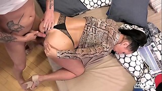 KINKY INLAWS - Forbidden anal sex with Russian MILF Eva Ann and young stepson
