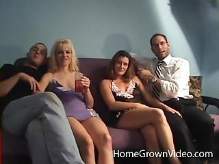 Грязный групповой секс видео